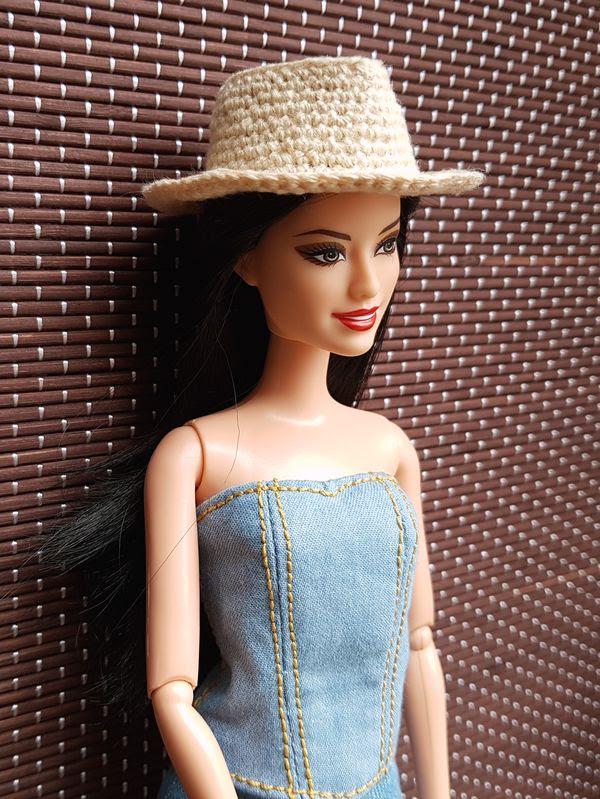 Артель Напрасный труд представляет: кукольные шляпы