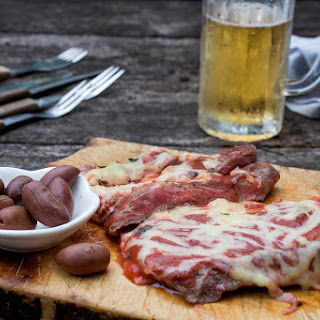 Matambre a la Pizza (Flank-Steak Pizza)