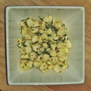 Garlic & Herb Marinated Mozzarella Pearls