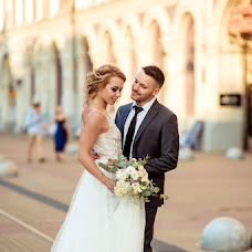 Wedding photographer Natalya Tryashkina (natahatr). Photo of 03.10.2017