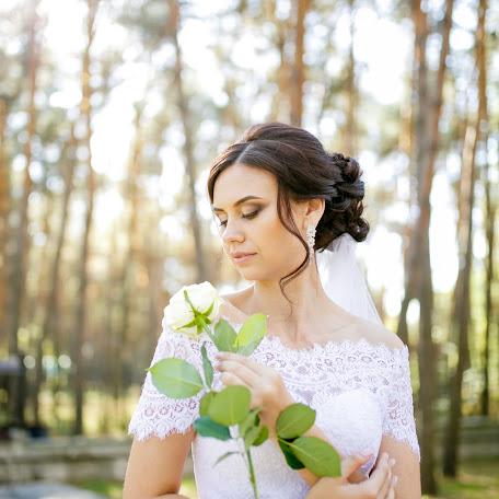 Wedding photographer Vadim Poleschuk (Polecsuk). Photo of 02.12.2017