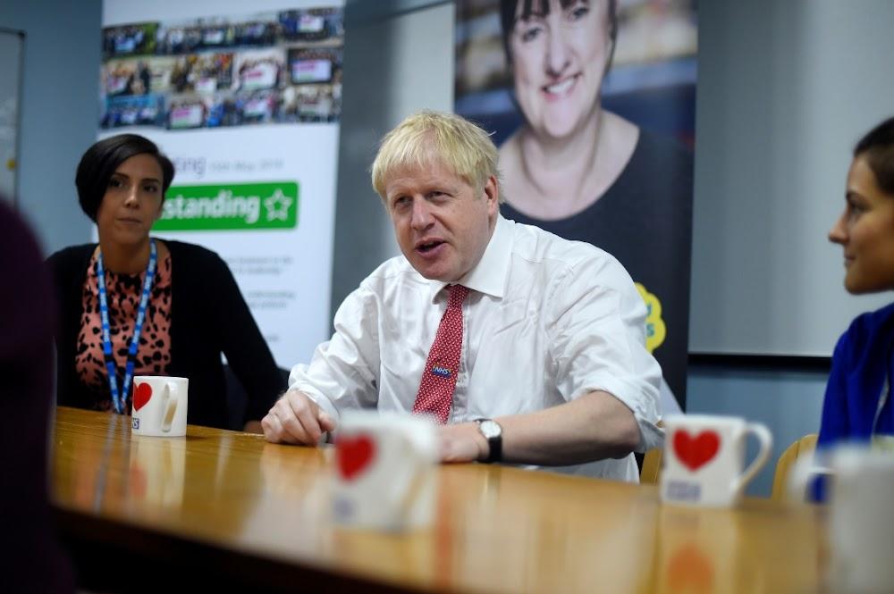 Johnson is gereed om Trump te druk op die Britse tiener se motorfietsdood
