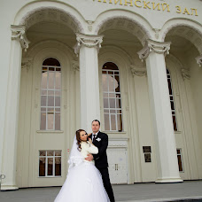 Wedding photographer Lyubov Rozhkova (luba131286). Photo of 14.02.2016