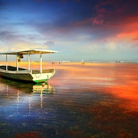 Time is standing still by Alit  Apriyana - Transportation Boats