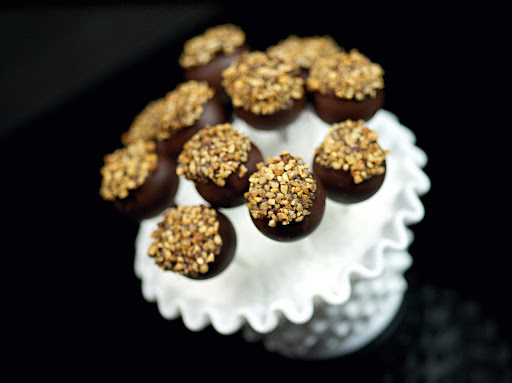 chocolate-love-pops.jpg - Treat yourself to chocolate love pops with a nut topping on your Princess cruise.
