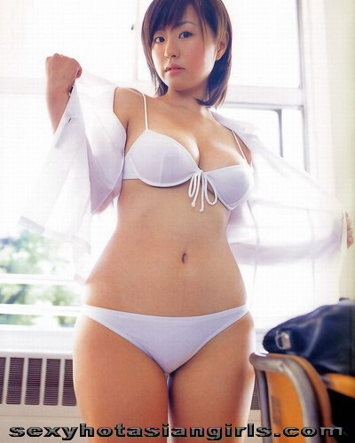 Idol Beauty Hitomi Kitamura 19