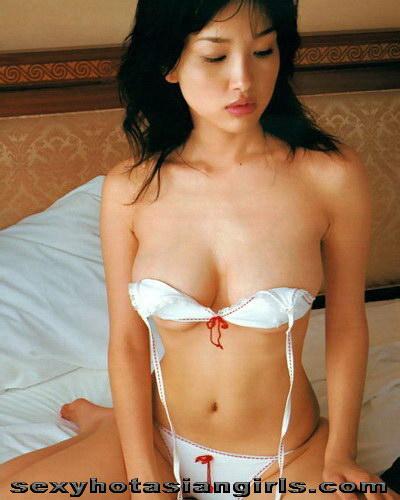 Pretty Asian Reon Kadena 24