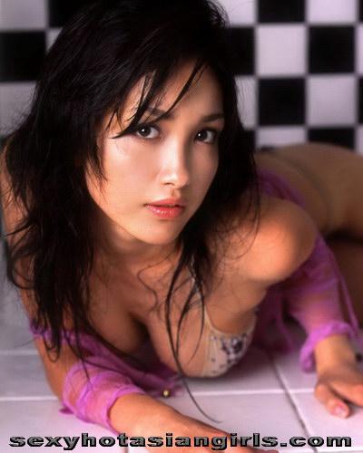 Idol Girl Reon Kadena 20