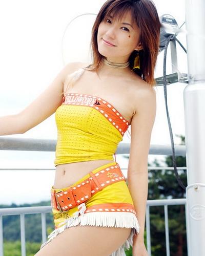 Yoko Sugimura 27