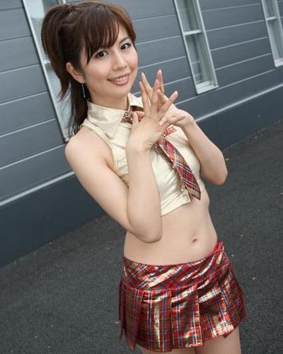 Maki Tanaguchi 10