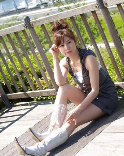 Maki Tanaguchi 20