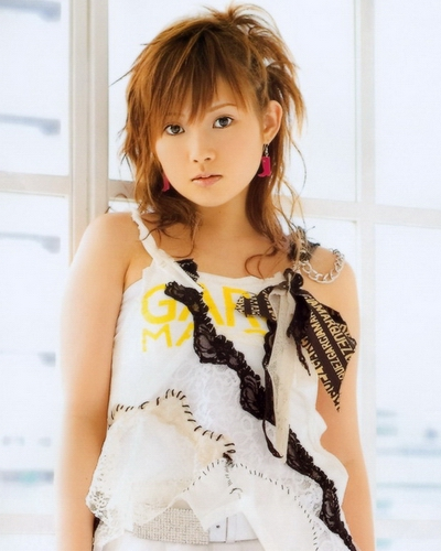 Natsumi Abe 24