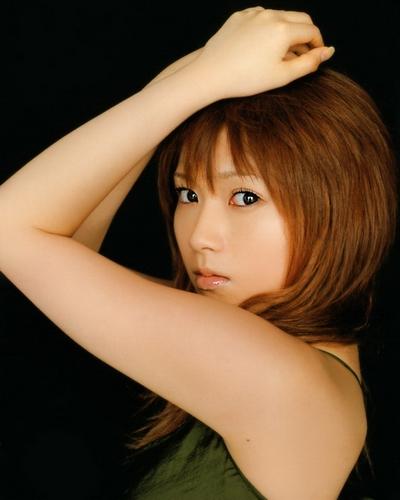 Natsumi Abe 25
