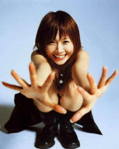 Natsumi Abe 27