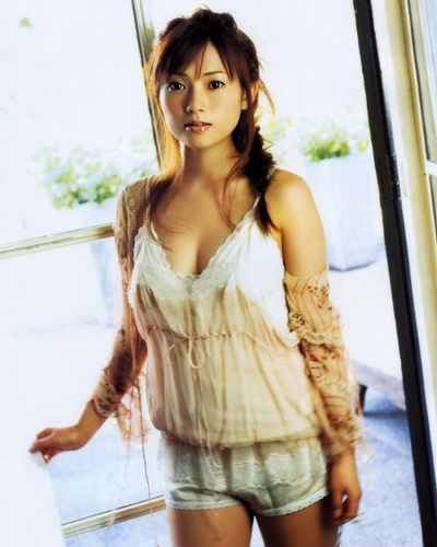 Natsumi Abe 28