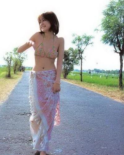 Yumi Adachi 22