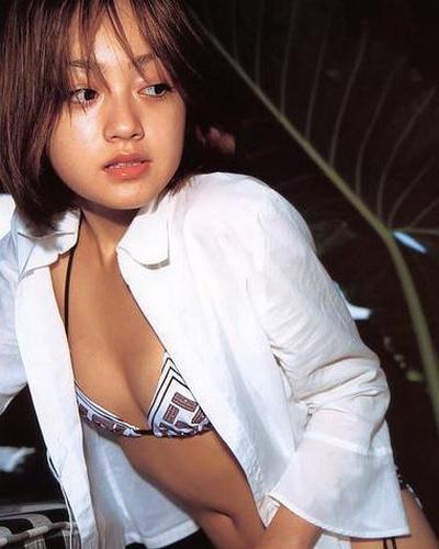 Yumi Adachi 7