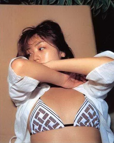 Yumi Adachi 11