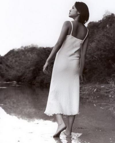 Yumi Adachi 16