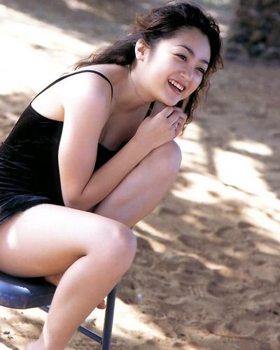 Yumi Adachi 40