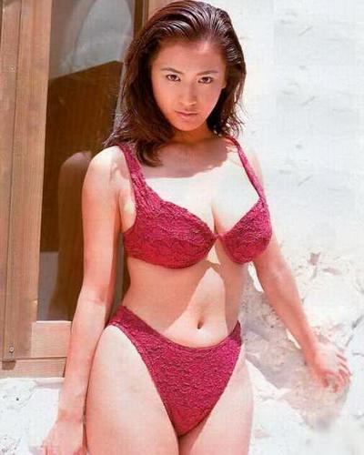 Yuko Aoki 8