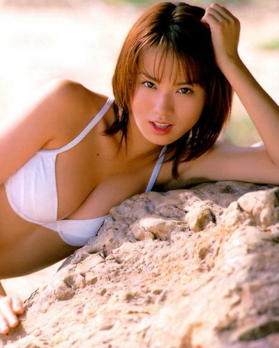 Yui Ichikawa 33
