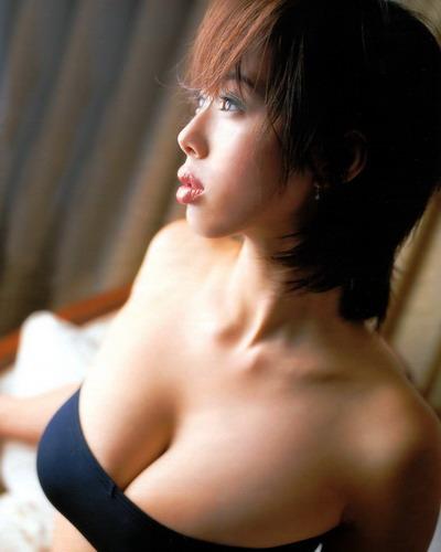 Waka Inoue 27