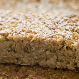 Maple-Brown Sugar Oatmeal Breakfast Bars.