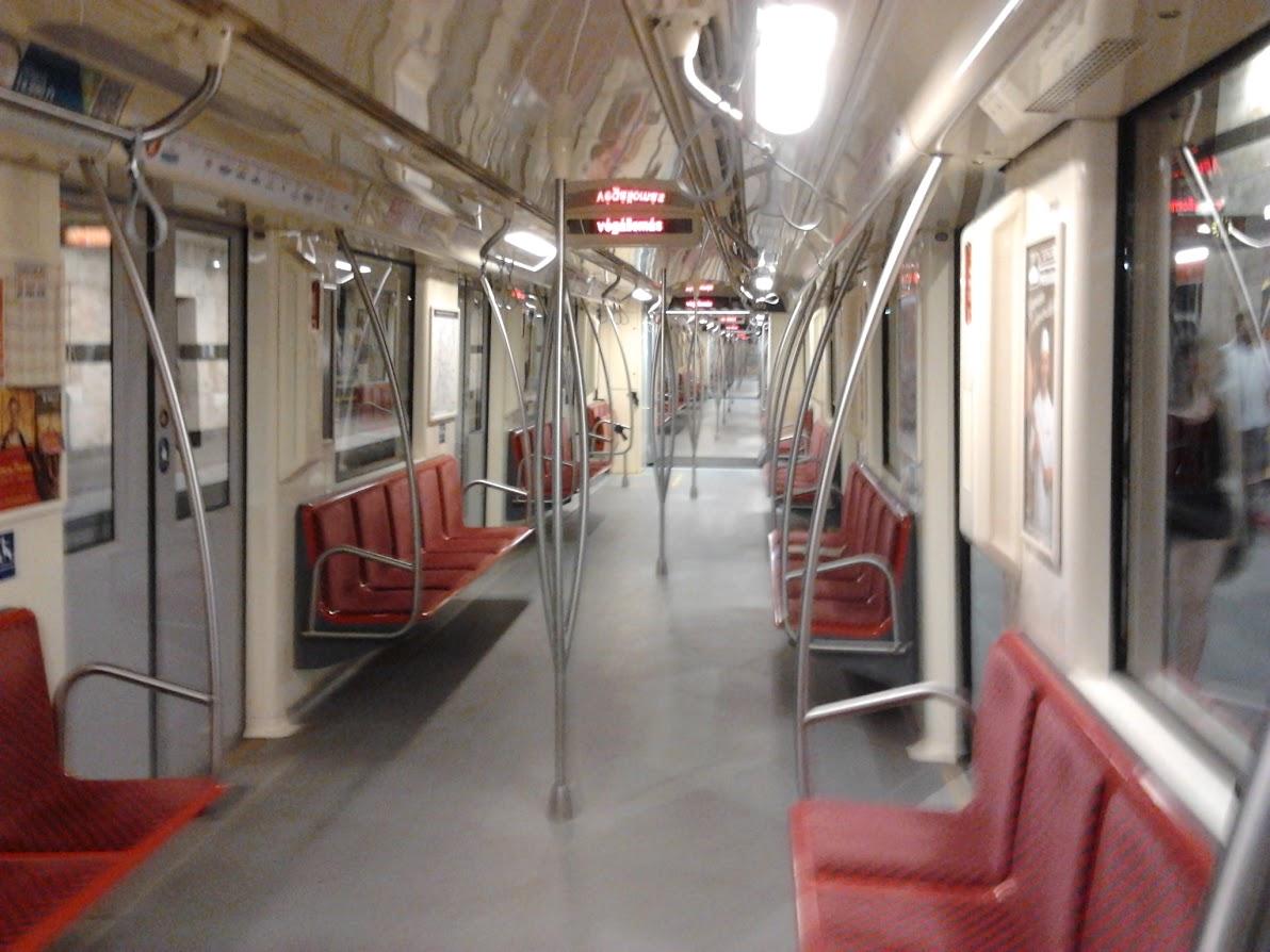 Március 15-étől újra automatikusan nyílnak az ajtók az M2-es és az M4-es metrón
