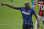 Romelu Lukaku wint met zijn Inter van het Cagliari van Nainggolan