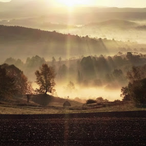 Title by Atti Maguran - Landscapes Mountains & Hills ( unglaublich, haze, spectacular, wunderbar, morgen dammerung, rays of light, landscape, morning, smooth light, early morning, oldvillage, mystical, rural photography, fairy tales, fogg, misty, mist )