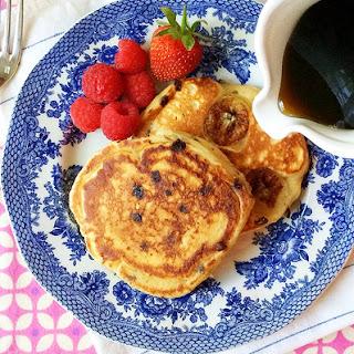 Whole-Grain Banana-Chocolate Chip Pancakes