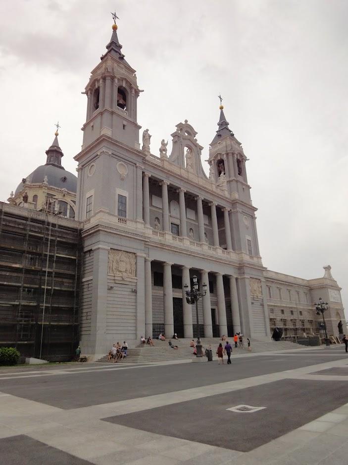 Cathédrale Almudena à Madrid