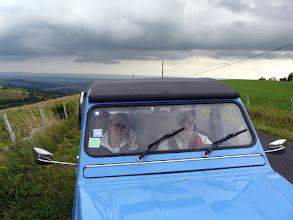 Photo: le parapluie sur 4 roues bien utile