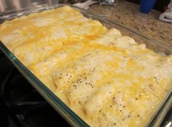 Chicken Enchilada's With Sour Cream Sauce Recipe