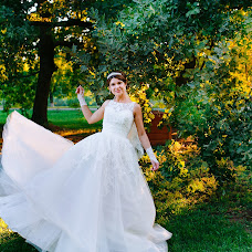 Wedding photographer Elena Neshitaya (neshlena). Photo of 17.09.2015