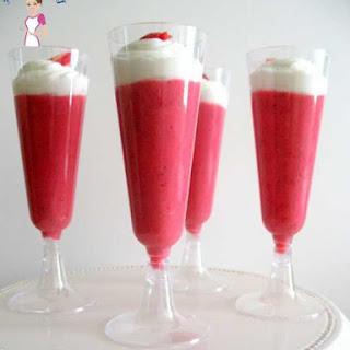 Strawberry Pudding Dessert.