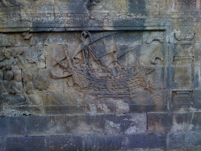 Photo: 9th century relief of Indian dhow