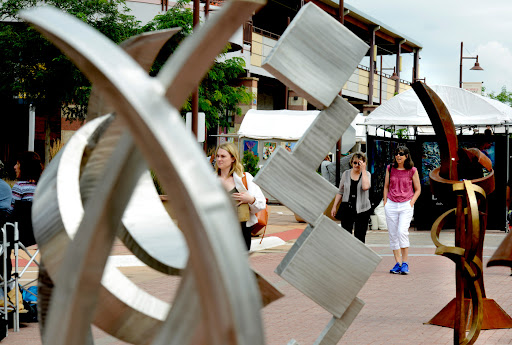 Boulder Fine Art Street Festival revival brings splash of color to 29th Street Saturday