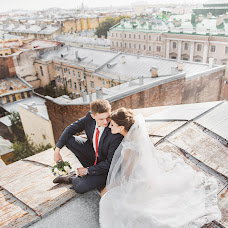 Wedding photographer Vitaliy Kurec (FROZEN). Photo of 08.07.2015