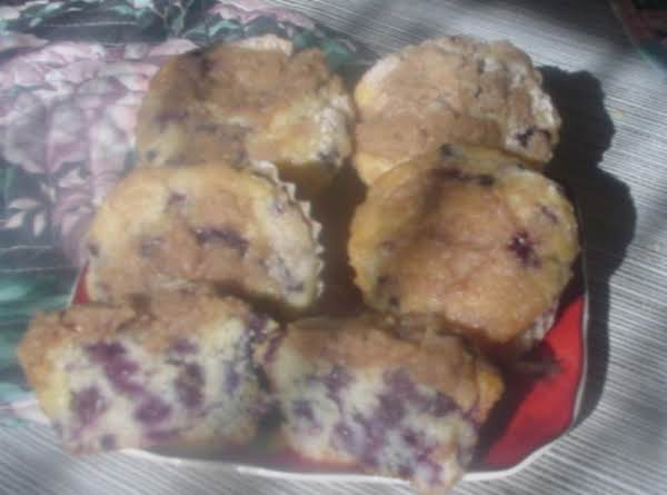 Amazing Blueberry Muffins, With Cinnamon-sugar Streusel Topping