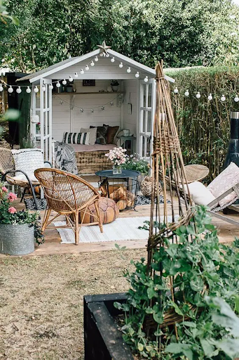 20 Garden Cottage Ideas! Unique Hideaways of Tranquility, Perfect for a Pleasant Retreat