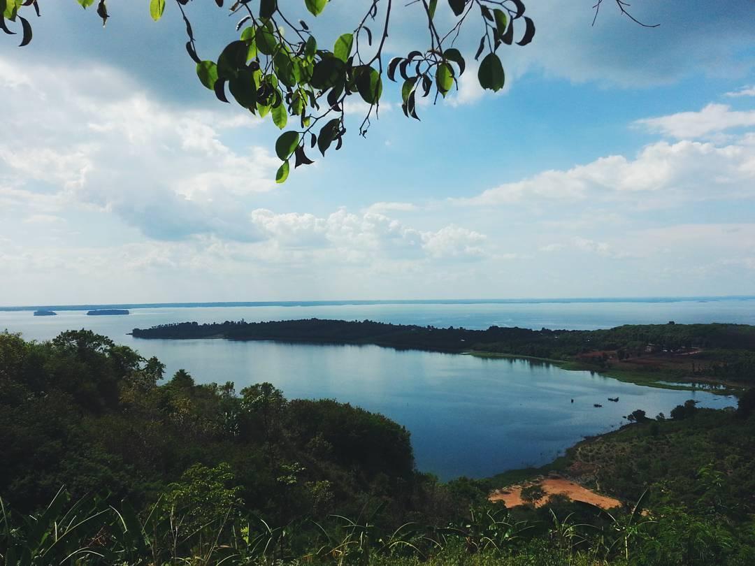 Hồ Trị An nơi cảnh sắc thiên nhiên đẹp mê lòng người