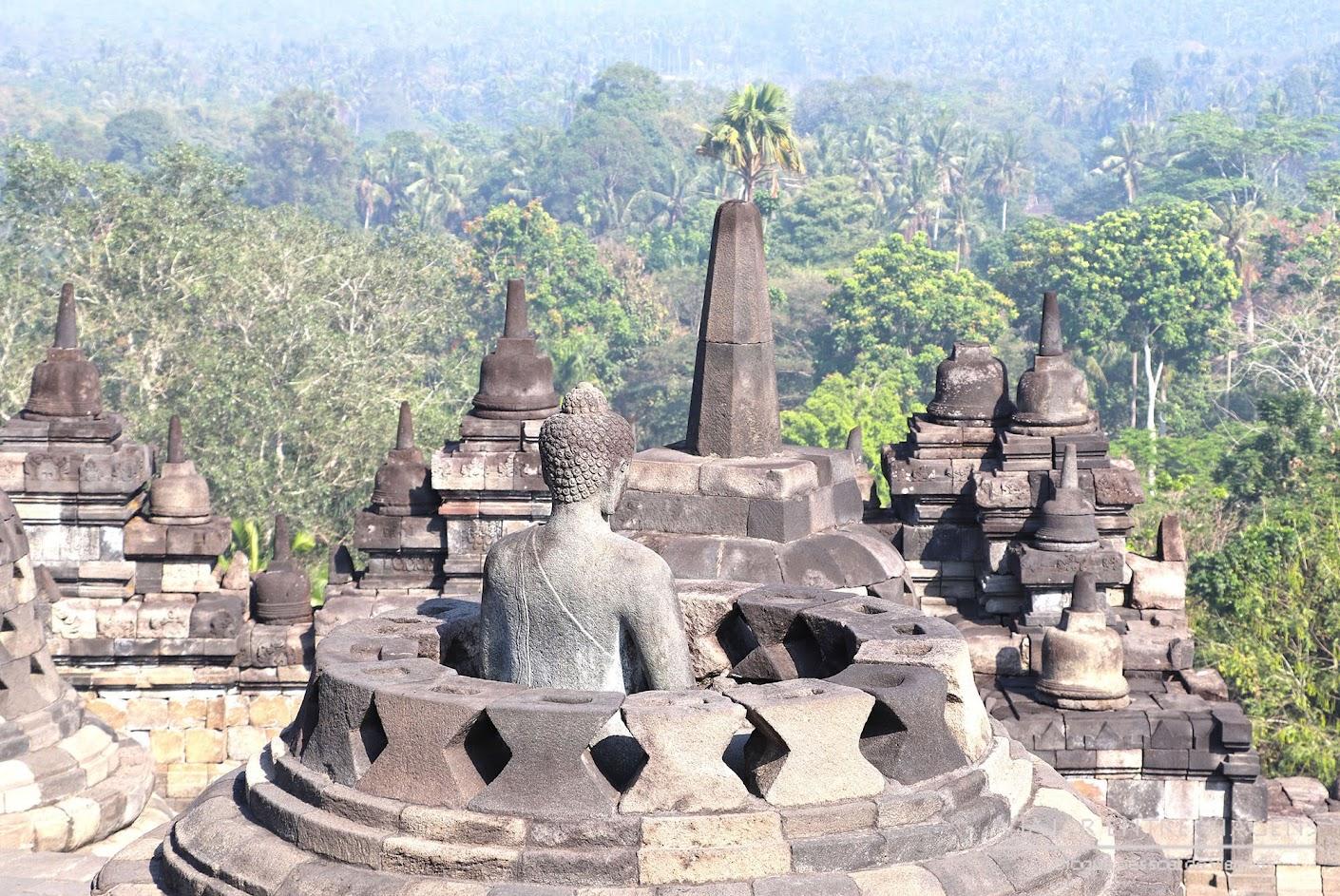 Dia 25 – VISITAR BOROBUDUR, o maior templo budista do mundo   Volta ao Mundo