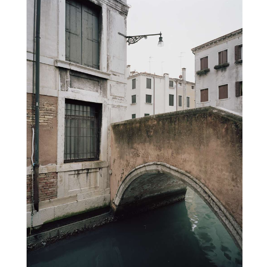 Giovanni Cocco, At what time does Venice close 15