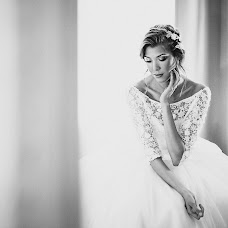 Wedding photographer Evelina Melcer (LynxMeltser). Photo of 04.02.2015