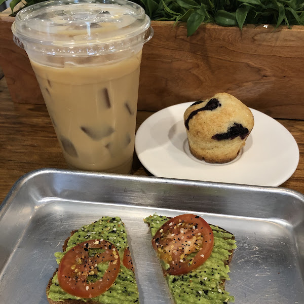 Gf avocado tomato toast, gf dairy free blueberry muffin, pistachio cold brew with cream