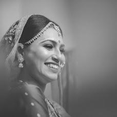 Wedding photographer Saikat Sain (momentscaptured). Photo of 10.04.2017