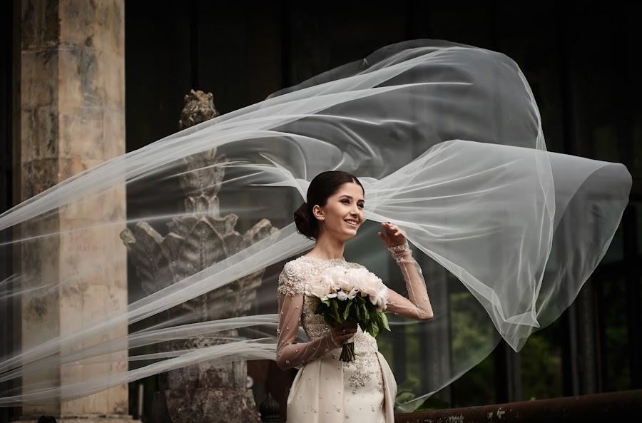 Wedding photographer Denis Aliferenko (Alifer). Photo of 12.05.2016