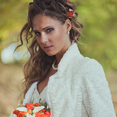 Wedding photographer Yana Razumovskaya (Ucatana). Photo of 23.11.2014
